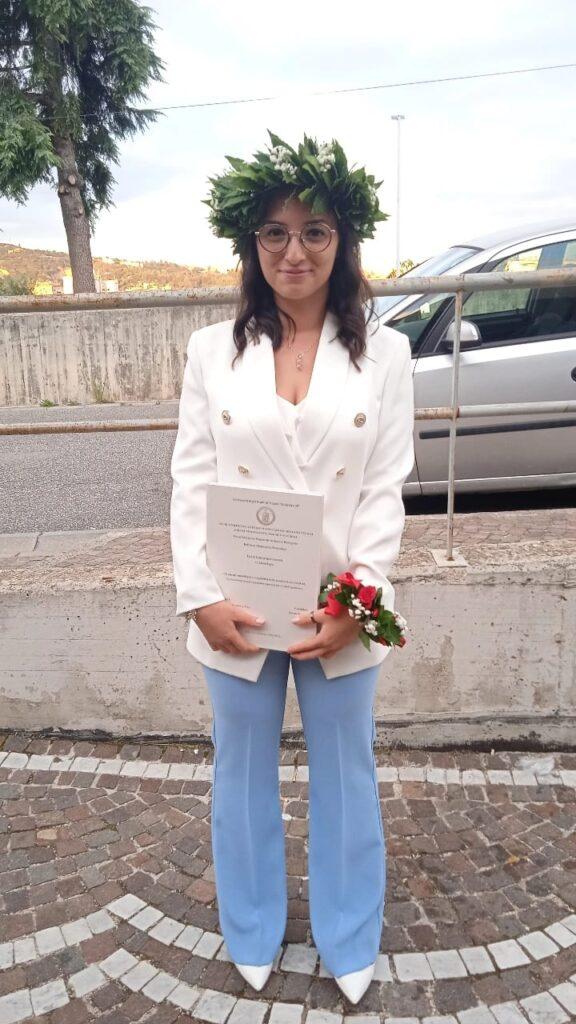 AVELLA. Festeggia la sua laurea magistrale in Scienze Biologiche Serena Pecchia, gli auguri.